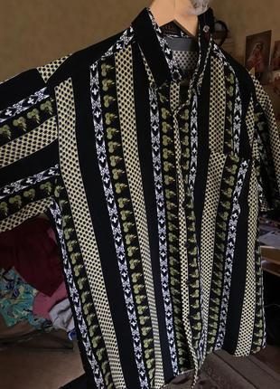 Шелковая мужская красивая рубашка с коротким рукавом