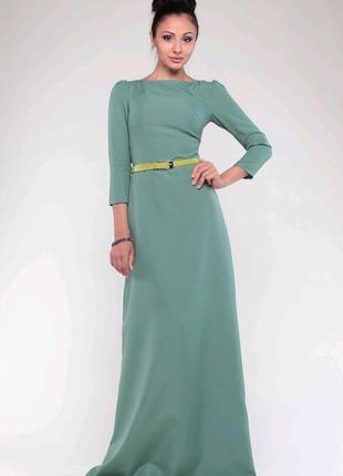 Платье в пол бренда maurini