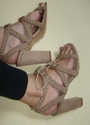 Плетенные босоножки на шнуровке vanessa wu 25 см устойчивый каблук