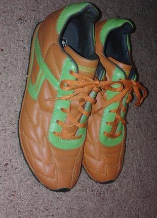Кроссовки sprandi оранжевые новые