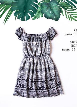 Легкое шифоновое черно-белое платье