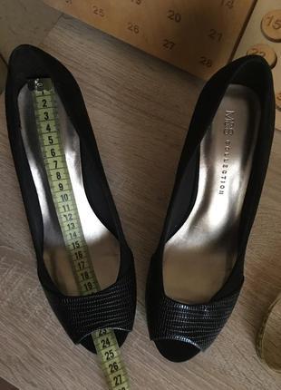 Туфли m&s с открытым носком