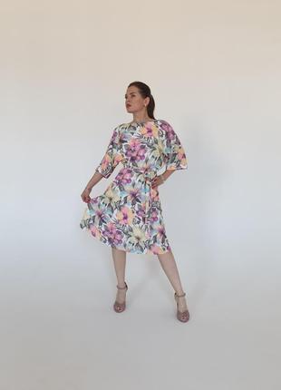 Летние скидки!!!шикарное дизайнерское миди платье в цветочный принт