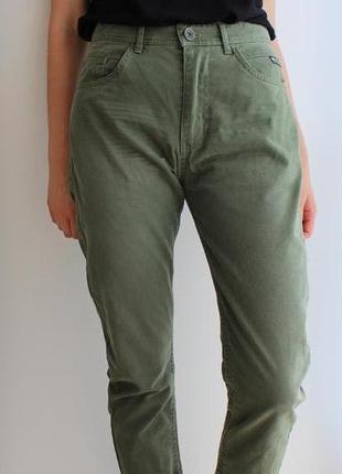 Круті актуальні штани outfittersnation