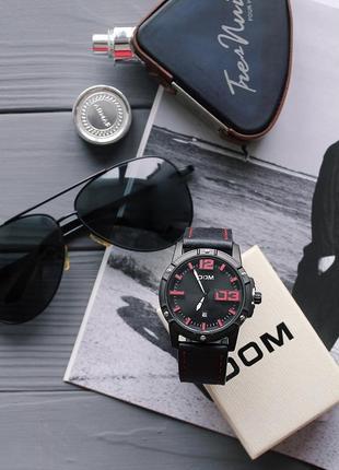 Мужские часы с кожаным ремешком + подарочная упаковка в комплекте