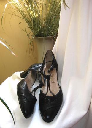 Туфли босоножки мэри джейн tango shoes.утонченные с интересной деталью узелком.