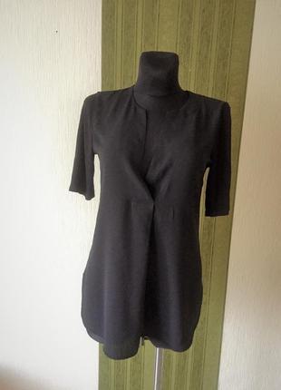 Симпатичная фирменная блузка