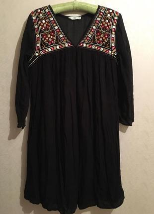 Платье mango с вышивкой