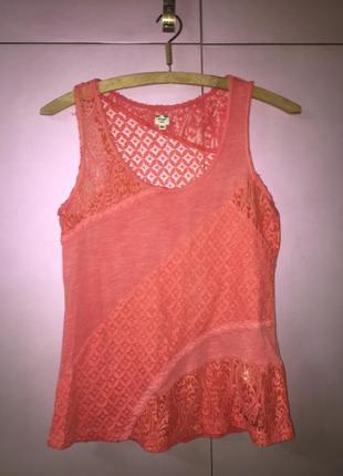 Лёгкая летняя майка топ футболка из натуральной ткани кораллового цвета