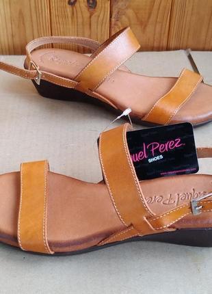 Новые шикарные испанские босоножки полностью кожаные туфли raquel perez