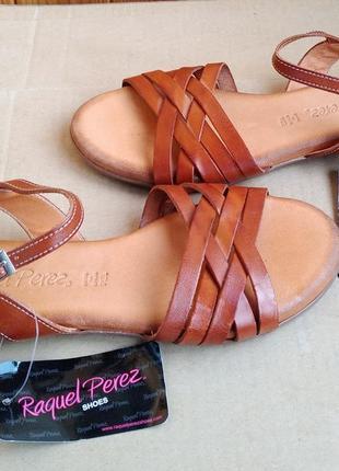 Стильные испанские новые босоножки полностью кожаные туфли raquel perez
