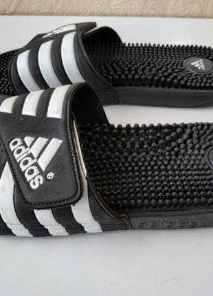 Тапочки adidas с массажной стелькой. оригинал