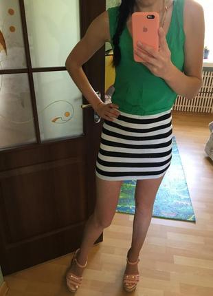 Легкое яркое летнее платье