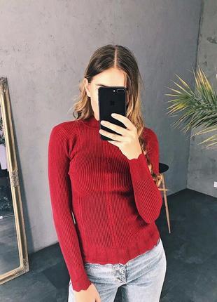 Кашемировый красный свитер гольф гольфик косичка тренд хит осени 2019
