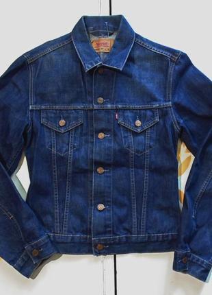 Levi's пиджак джинсовый размер м