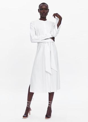 Zara белое платное текстурированое платье с поясом , m-l