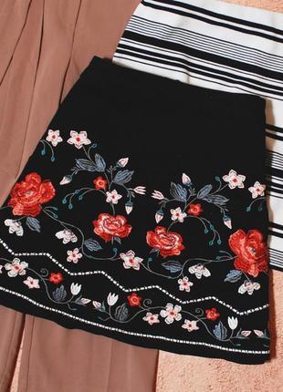 Тотальная распродажа! красивейшая юбка – трапеция с вышивкой
