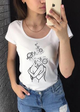 Женская футболка с принтом - космическая любовь, минимализм, футболка с рисунком