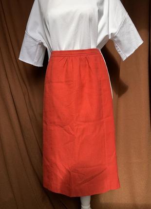 Красная льняная юбка