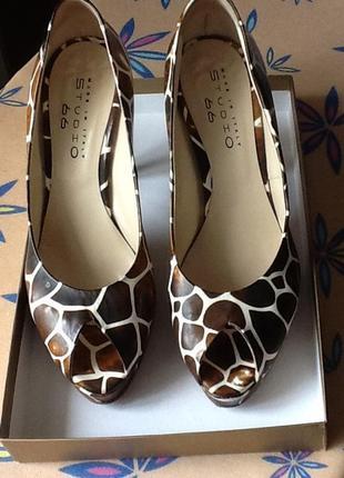 Актуальные и мега стильные туфли studio 66