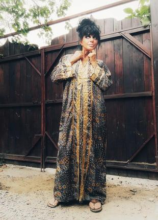 Платье индия этно в индийском стиле с капюшоном сверкающее длинное прямое2 фото