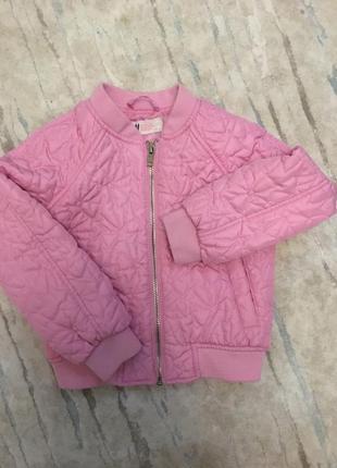 Курточка -бомбер від hm