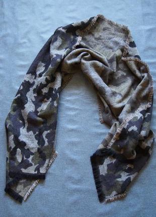 Новый огромный шарф с красивым камуфляжным принтом topshop