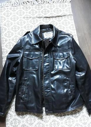 Кожаная куртка оригинал левайс