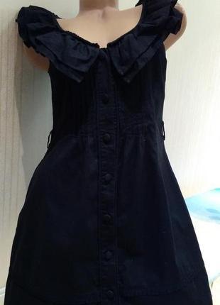 Черное платье с модными рюшами воланами хлопок