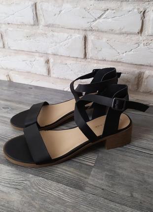 Стильные босоножки сандалии new look