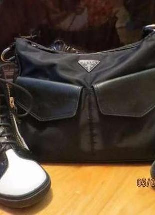 Сумка prada milano made in italy black satin bag прада оригинал текстиль  кожа кэжуал1 ... ff4d2529890