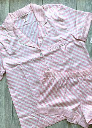 Шелковистая пижама s victoria's secret
