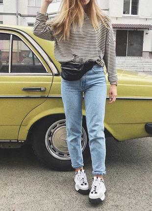 Идеальные голубые джинсы мом с высокой посадкой укороченные плотные