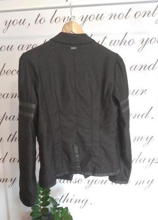 Очень стильный итальянский пиджак3 фото