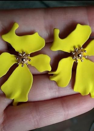 Серьги в стиле zara сережки цветок цветочки