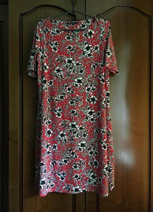 Платье в цветочный принт с рукавчиком m&s