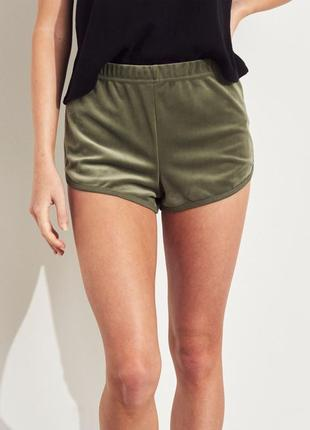 Шорты hollister curved hem velvet short р-р м-l