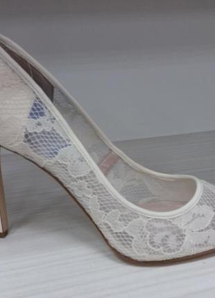 Nine west новые шикарные нарядные кружевные туфли лодочки