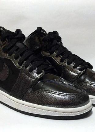 Air jordan 1 retro high кроссовки чёрные