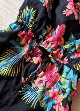 Яркий ромпер комбинезон шортами в цветочный принт xs s4 фото