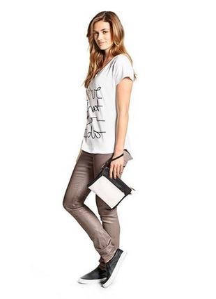 Летние джинсы слимы с серебристым отблеском, tcm, tchibo, германия