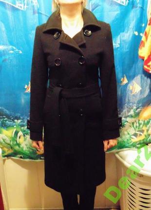Элегантное осеннее пальто