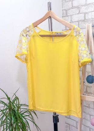 Желтая шифоновая футболка блузка с кружевом цветы