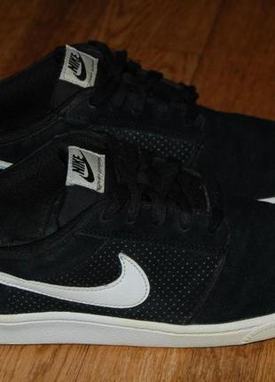 Кожаные кроссовки 42,5 р nike court supreme оригинал