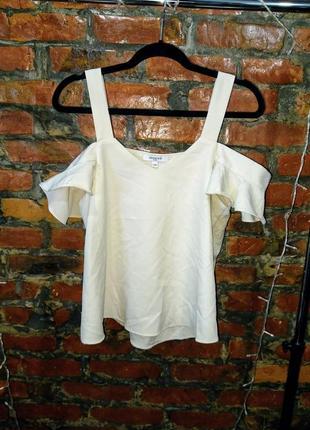 Топ блуза кофточка с вырезами на плечах с рукавами воланами