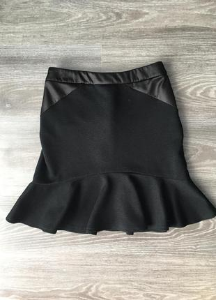 Крутая чёрная юбка годе