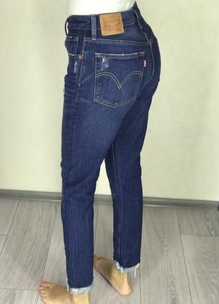Шикарные mom levi's оригинал джинсы levi's с необработанным низом