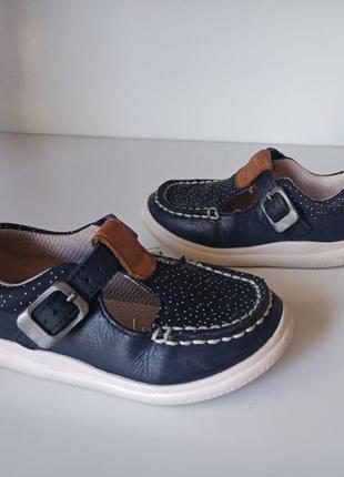Кожаные туфельки clarks 5f