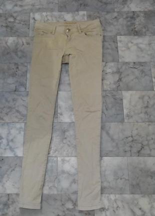 Бежевые джинсы скины denim&co