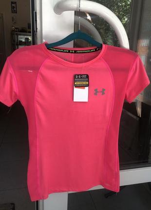 Фирменная   женская футболка
